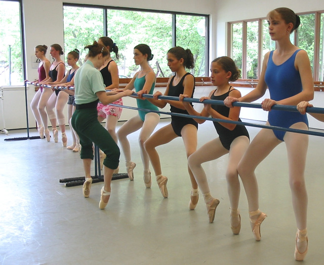 Pointe (45 minute class)